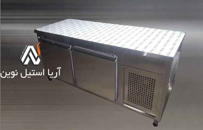 فریزر-رو-میز-کاری-صنعتی-_تجهیزات-آشپزخانه-صنعتی