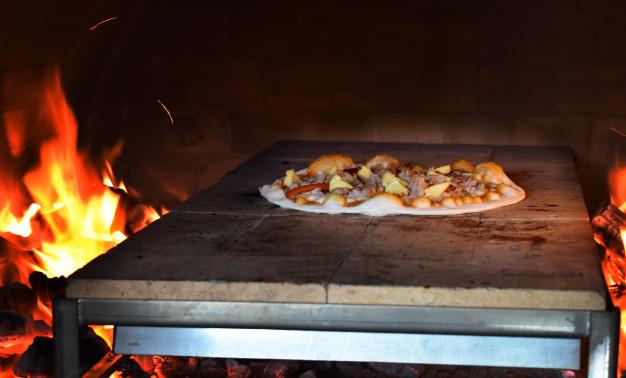 آجر فر پیتزا